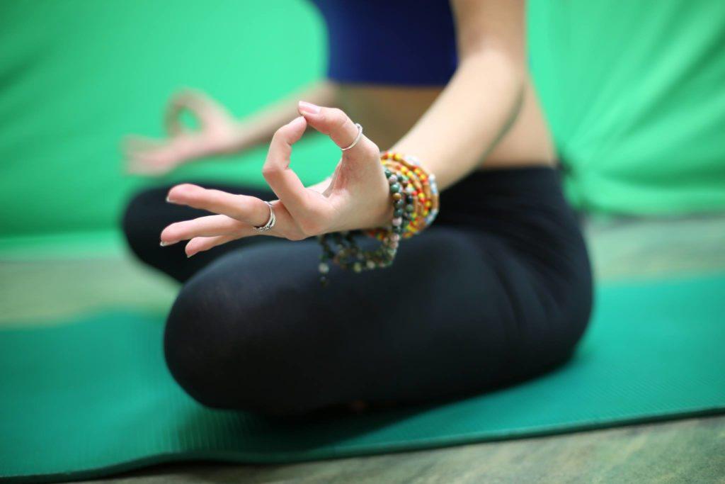 yoga meditazione accademyc
